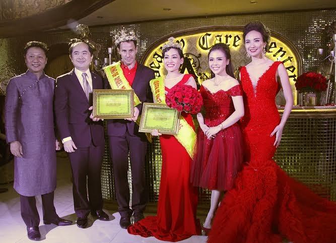 """Chương trình càng thêm thú vị với giải thưởng""""King & Queen"""" trong đêm tiệc"""
