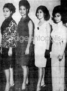 Bà Thái Kim Hương (ngoài cùng bên phải) với các thí sinh nước khác.