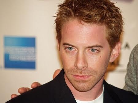 Nam diễn viên Seth trông hệt như hồi đầu xuất hiện trước công chúng