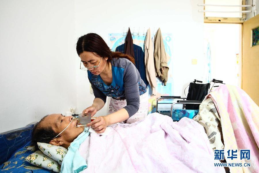 Vợ chồng ông Trần Tăng Hữu hiện tại