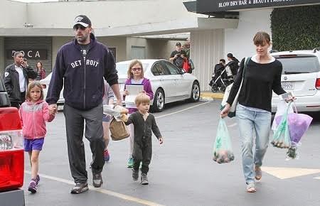Ben và Jennifer luôn đặt những đứa trẻ lên vị trí hàng đầu