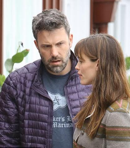 Ben và Jennifer Garner căng thẳng với nhau nơi công cộng