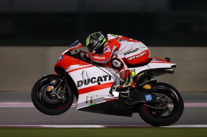 Chiếc Ducati của Cal Crutchlow xảy ra vấn đề ở hệ thống điện