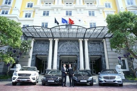 Đại diện Mercesdes-Benz và Royal Hội An