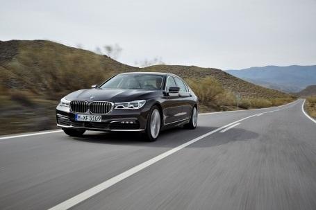BMW 7-Series thế hệ mới - Đẳng cấp công nghệ