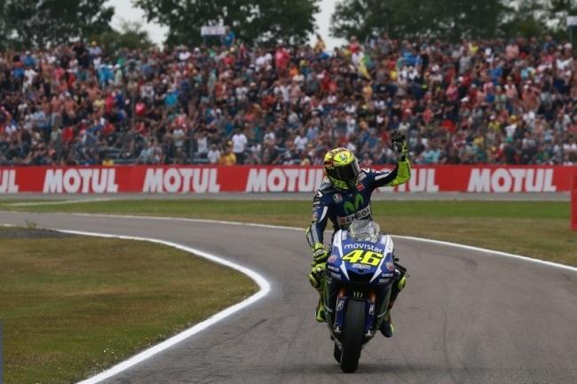 Vị trí pole đầy xa lạ với Rossi