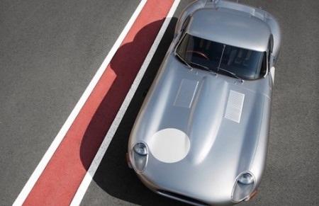 Chỉ có 6 chiếc Lightweight sẽ được sản xuất và hiện chưa có giá bán.