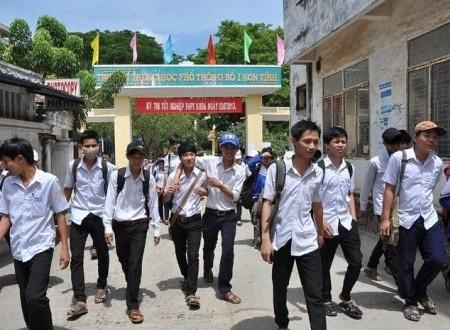 Kể từ nay, Trường THPT số 1 Sơn Tịnh mang tên Đại tướng Võ Nguyên Giáp.