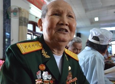 Cụ Huỳnh Đức Đại (89 tuổi) kể lại thời oanh liệt về Đội du kích Ba Tơ.