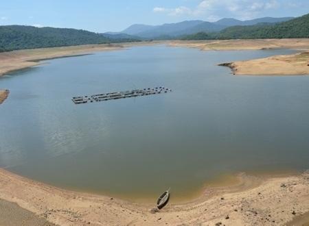 Vị trí 3 cháu nhỏ tắm và bị đuối nước giữa lòng hồ Liệt Sơn.