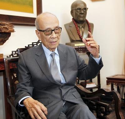 Phỏng vấn Giáo sư Vũ Khiêu nhân kỳ họp Quốc hội
