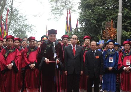 Ông Chu Ngọc Anh - Chủ tịch UBND tỉnh Phú Thọ đọc Chúc Văn