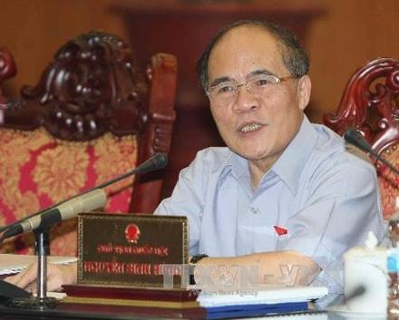 Chủ tịch QH Nguyễn Sinh Hùng: Không thể có tòa án cấp trên-cấp dưới