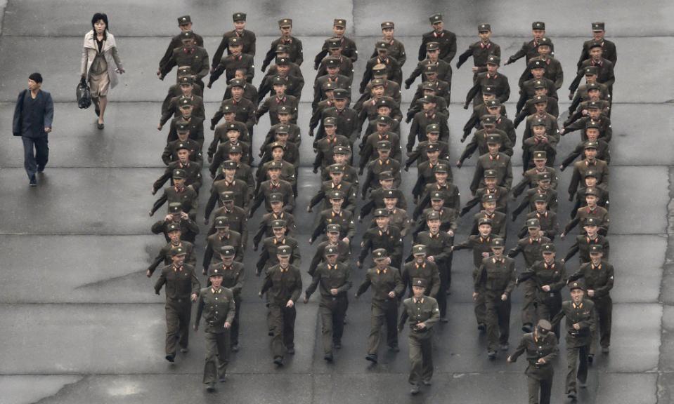 Triều Tiên tổ chức duyệt binh lớn chưa từng có - 2