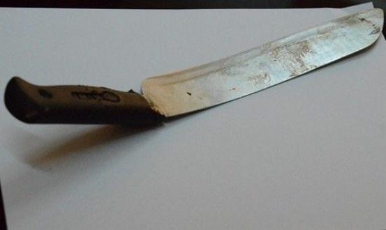 Con dao gây án dẫn đến nạn nhân Hải tử vong trên đường đưa đi cấp cứu
