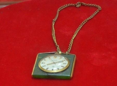 Chiếc đồng hồ do Liên Xô tặng được Thủ tướng Phạm Văn Đồng sử dụng từ năm 1970-1975.