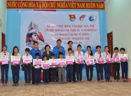 Học bổng Vì Hoàng Sa, Trường Sa thân yêu tiếp sức học sinh trên quê hương Hải đội Hoàng Sa.