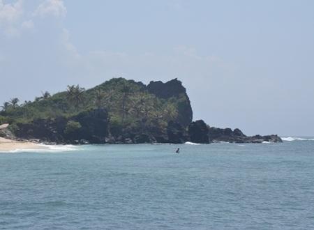 Đảo Bé được ví như thiên đường cảnh đẹp thiên nhiên rất hoang sơ.