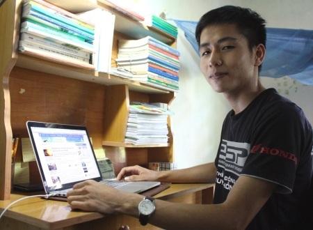 12 năm miệt mài bên góc bàn học, cậu học trò Lê Hữu Thông đã đạt kết quả cao trong kỳ thi THPT quốc gia.
