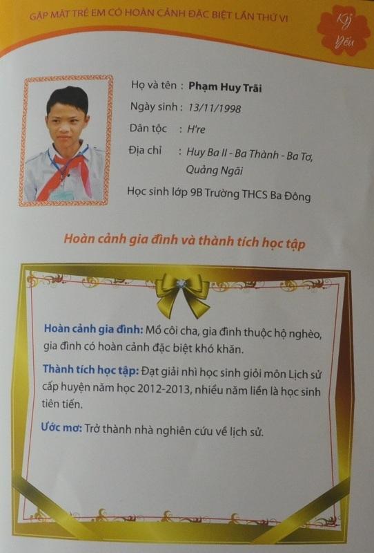 Thành tích và xác nhận hoàn cảnh của em Phạm Huy Trãi thông qua Quỹ học bổng Vừ A Dính.