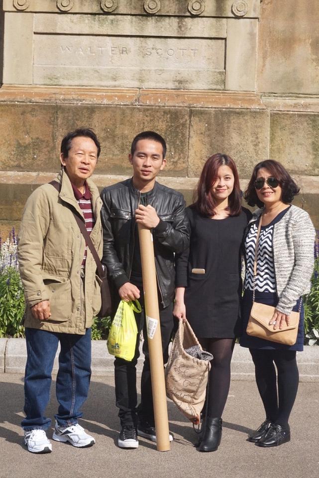 Chú Phong cùng hai con Nguyễn Đình Diệm, Nguyễn Thị Đan Quế và vợ Trần Thị Liên