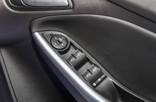 ford-focus-facelift-24-850x567-8d294