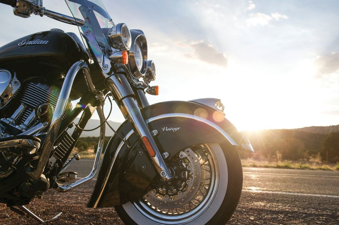 2016-indian-chief-classic-and-chief-vintage-introduce-new-colors-photo-gallery-18-1441679402606