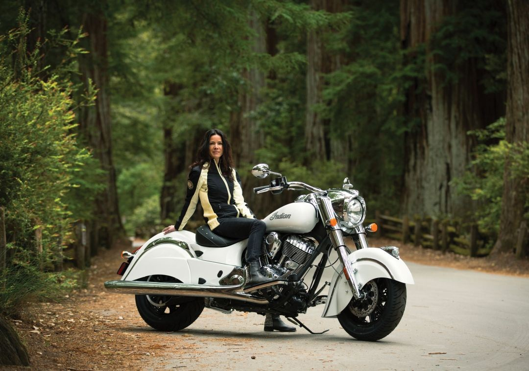 2016-indian-chief-classic-and-chief-vintage-introduce-new-colors-photo-gallery-25-1441679402708