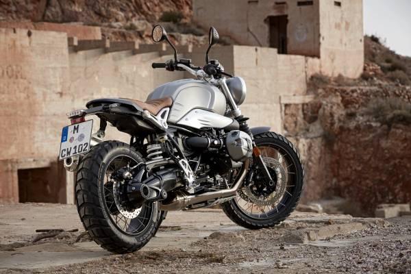 BMW làm mới R nine T cạnh tranh cùng Ducati - 5