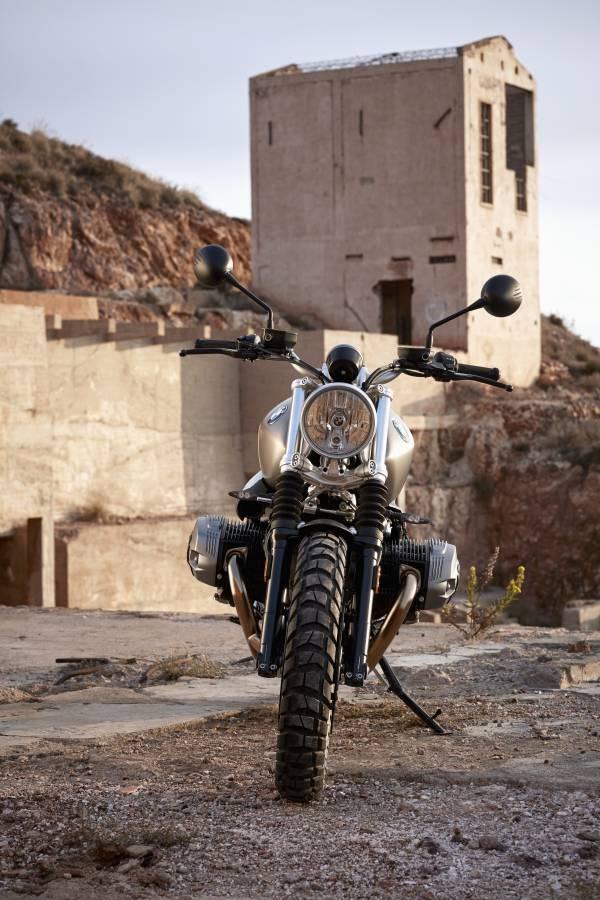 BMW làm mới R nine T cạnh tranh cùng Ducati - 6