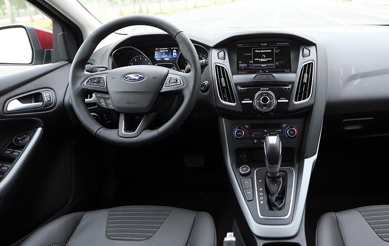 Vì sao Ford Focus 1.5L đắt hơn Focus 1.6L? - 12
