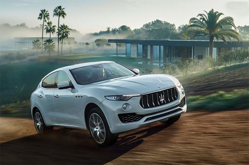 Maserati Levante có giá bán, bất lợi trước đối thủ Porsche Cayenne? - 1