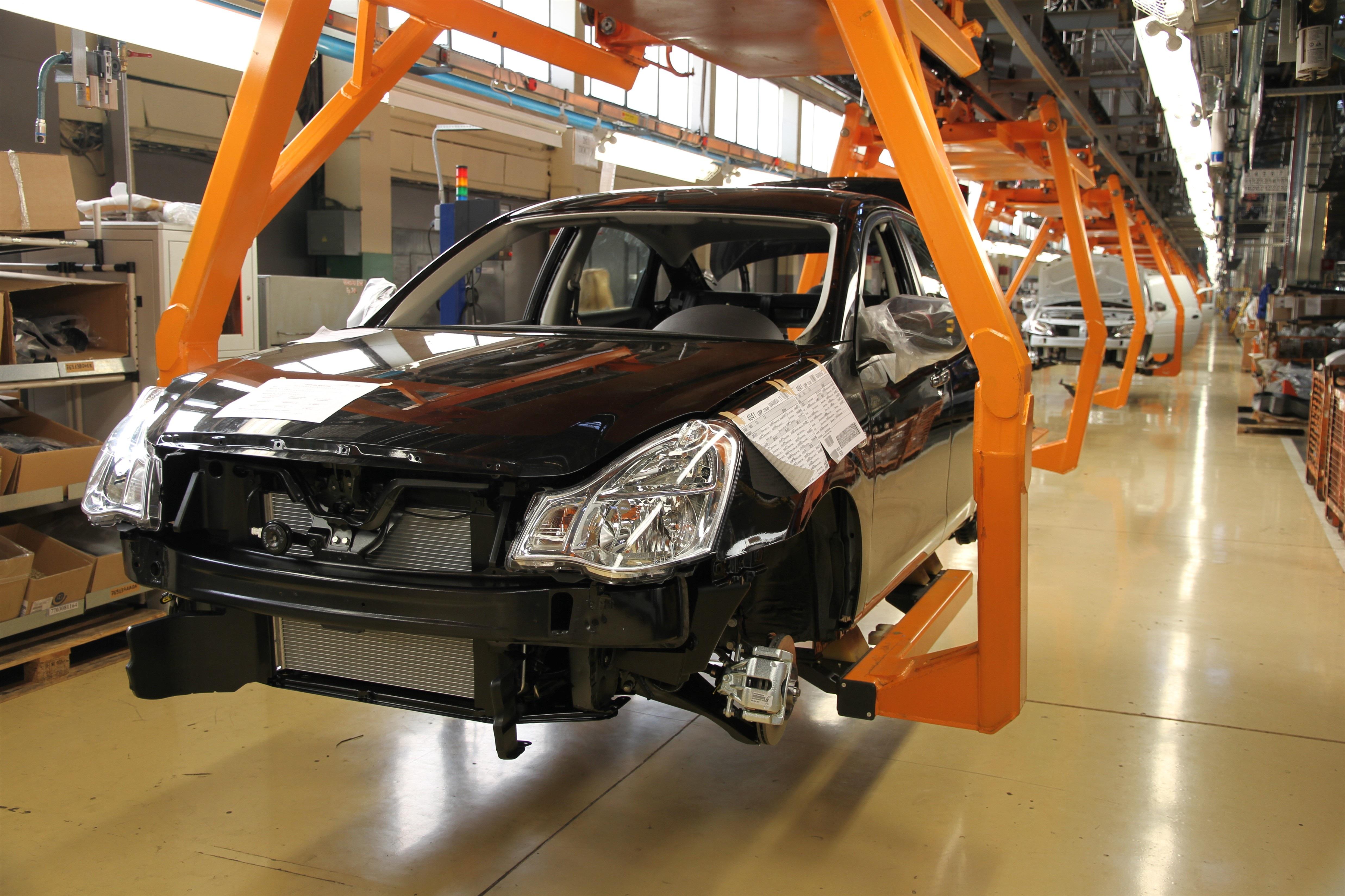 Dây chuyền tại nhà máy AutoVAZ lắp ráp mẫu Renault đầu tiên cho thị trường Việt Nam - Russia Beyond The Headlines