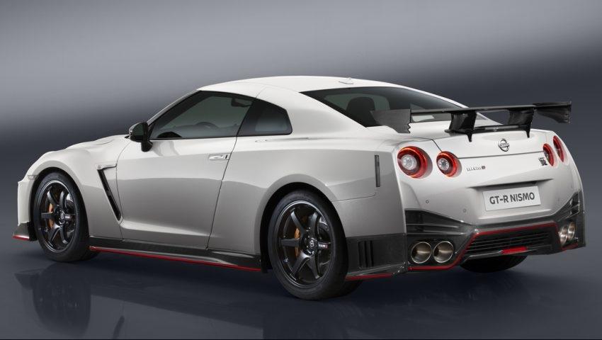 Nissan GT-R Nismo 2017 chính thức xuất hiện - 7