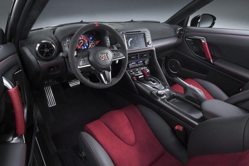 Nissan GT-R Nismo 2017 chính thức xuất hiện - 9