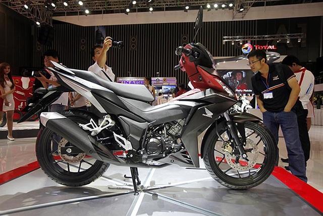 Honda bán ra hơn 2 triệu xe máy năm tài chính 2016 - 1