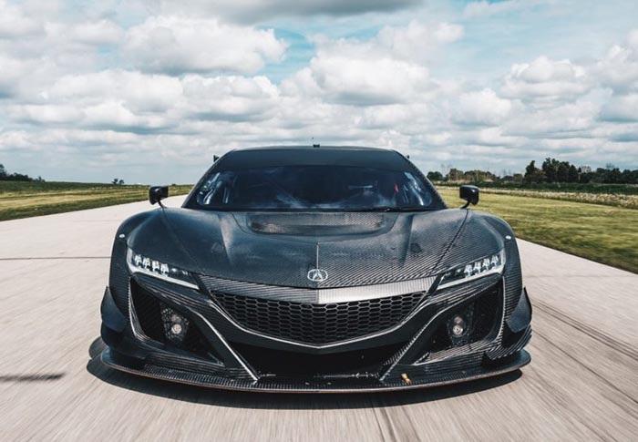 Acura có liều lĩnh khi đưa NSX tham gia giải đua GT3? - 1