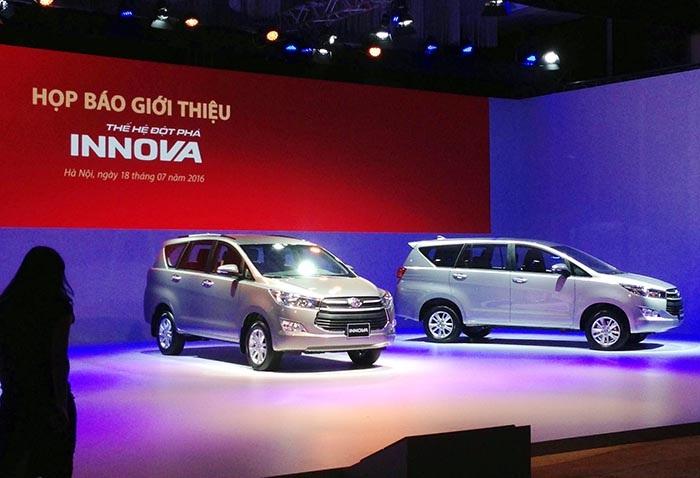 Lexus, Hyundai công bố giá bán mới, Toyota ra mắt Innova mới - 1