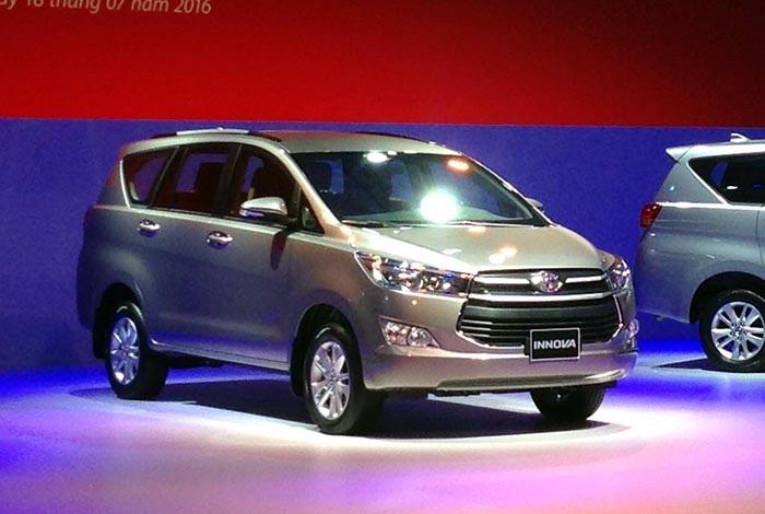 Lexus, Hyundai công bố giá bán mới, Toyota ra mắt Innova mới - 2