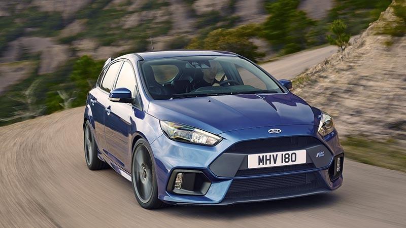 Ford Focus RS với động cơ Ecoboost được kiểm định bằng con người thay vì máy móc