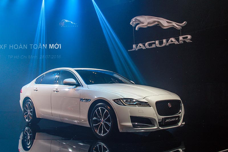 Jaguar XF, Infiniti QX60, Isuzu MU-X cùng ra mắt tại Việt Nam - 2