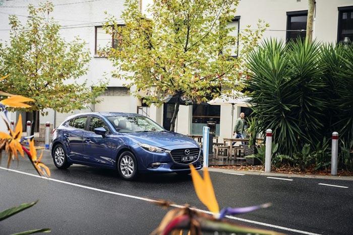 Mazda3 2017 tại Australia có giá từ 17.900 USD - 7