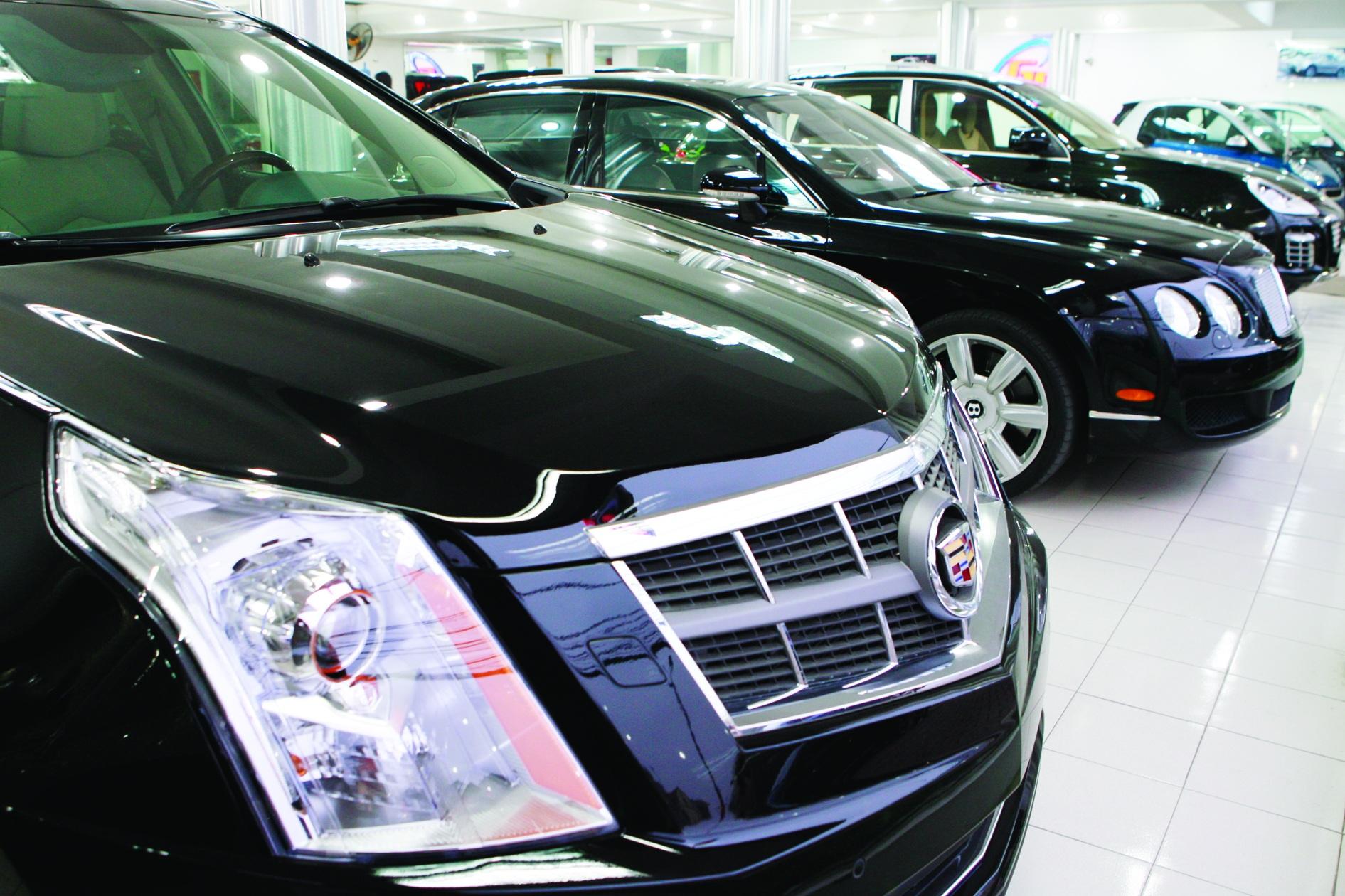 Trong tháng 7/2016 số lượng các dòng xe sử dụng động cơ dung tích lớn đã giảm hẳn, thể hiện qua giá trị của xe khi nhập khẩu vào Việt Nam