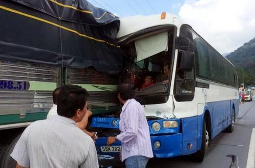 Chiếc xe khách gây tai nạn trên đèo Bảo Lộc bị phạt hơn 10 triệu đồng
