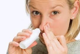 Có nên nhỏ mũi bằng nước muối sinh lý hàng ngày? - 1