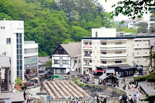 Suối nước khoáng nóng lộ thiên Kusatsu được mệnh danh là Đệ nhất Onsen ở tỉnh Gunma