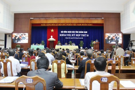 Quảng Nam vừa cho 26 lãnh đạo đã về hưu, chờ hưu đi học tập tại Nam Phi. CTTQN