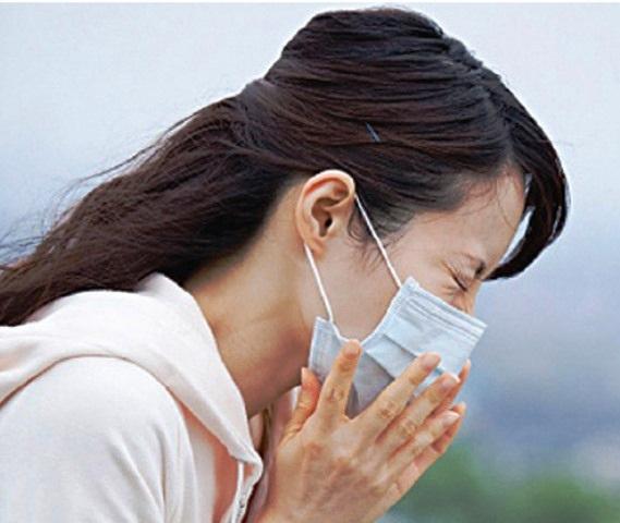 Cách dễ nhất chữa cảm lạnh khi sang thu - 1