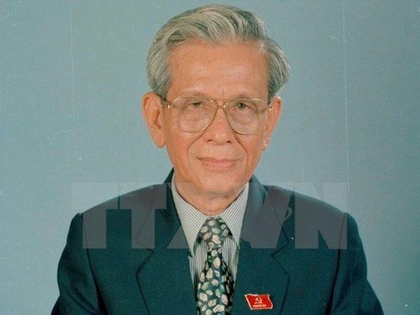 Tang lễ nhà báo Hữu Thọ được tổ chức theo nghi thức cấp cao - 1