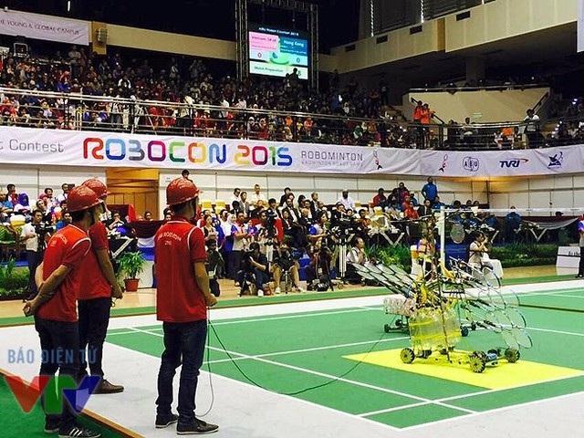 Mặc dù lần đầu tham gia ABU Robocon 2015 nhưng các thành viên của Hungyen Techedu đã nhập cuộc khá nhanh. Họ có sự chuẩn bị rất chu đáo và cẩn thận với từng vòng thi.